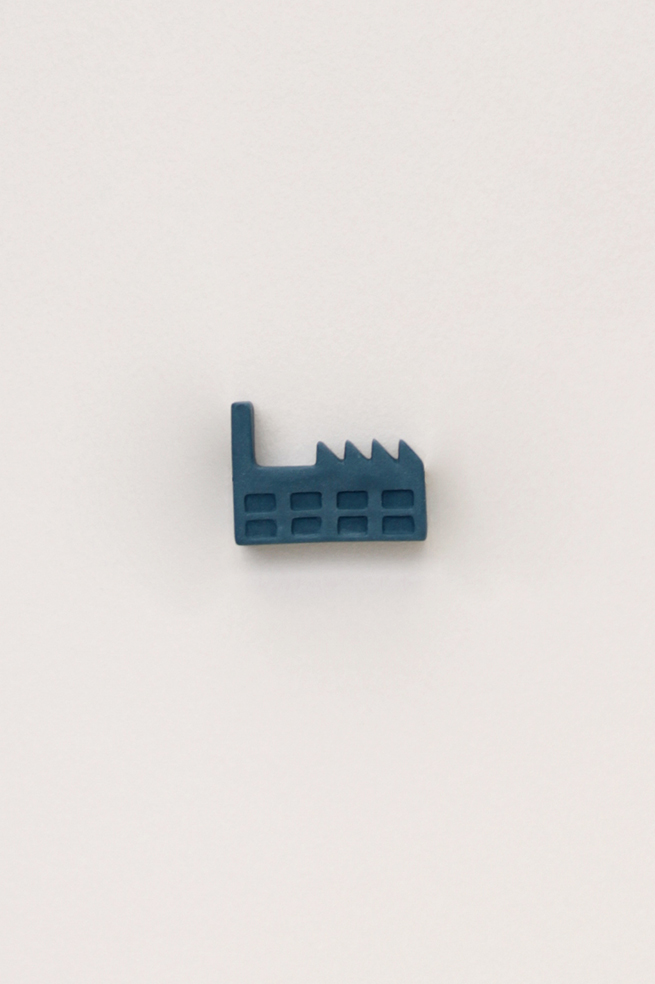 Dutchhouses-Brooch-Factory-Petrolblue-JennaPostma