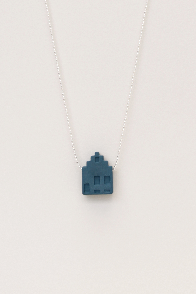 Dutchhouses-Necklace-Canalhouse-Petrolblue-JennaPostma