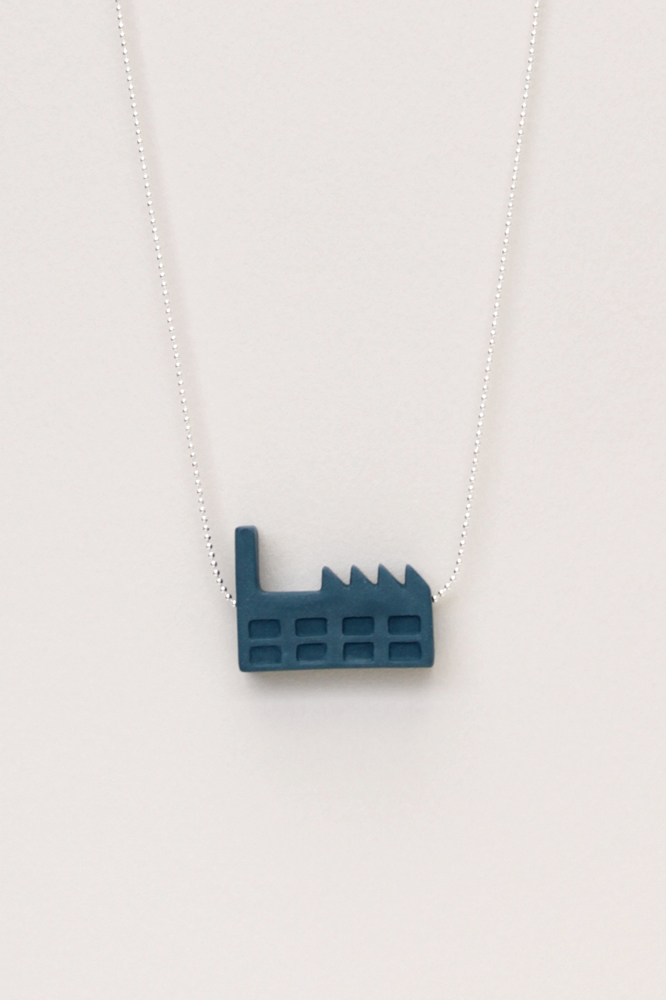 Dutchhouses-Necklace-Factory-Petrolblue-JennaPostma