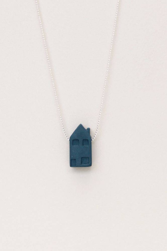 Dutchhouses-Necklace-Familyhouse-Petrolblue-JennaPostma